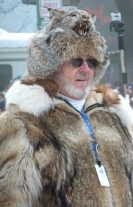 Race organizer rocking his lynx hat